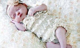Ο Γολγοθάς των γονιών που έχασαν τη νεογέννητη κόρη τους από κοκίτη καθώς τέσσερις γιατροί δεν το διέγνωσαν!