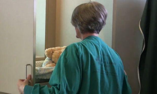 Απίστευτο: Δημιούργησαν σε νοσοκομεία του Καναδά ειδική κατασκευή για υποδοχή νεογέννητων που εγκαταλείπουν οι μητέρες τους!
