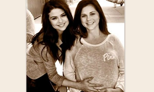 H μαμά της Selena Gomez είναι έγκυος!