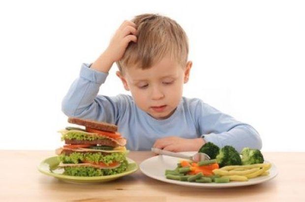 Πώς θα κάνω το παιδί μου να «ξεκολλήσει» από την γευστική μονομανία;