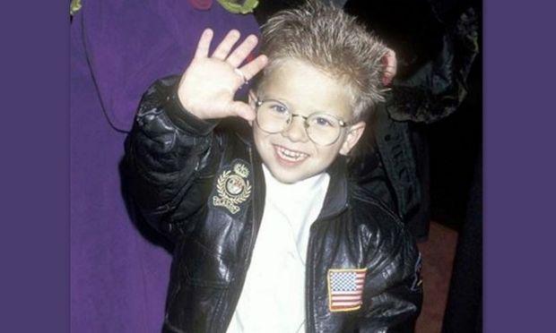 Δείτε πώς είναι σήμερα ο ψευδός γιος της Renee Zellweger στην ταινία Jerry Maguire!