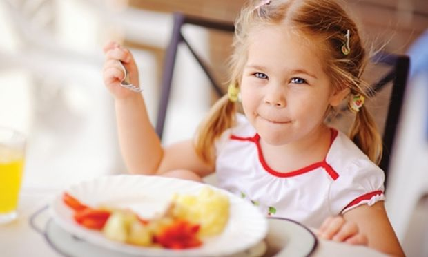 Tροφικές δηλητηριάσεις: Πώς θα τις αποφύγουμε;