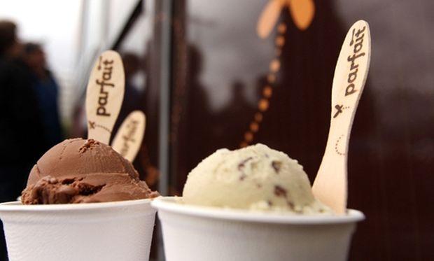 Λαχταριστό παγωτό παρφέ σοκολάτας!