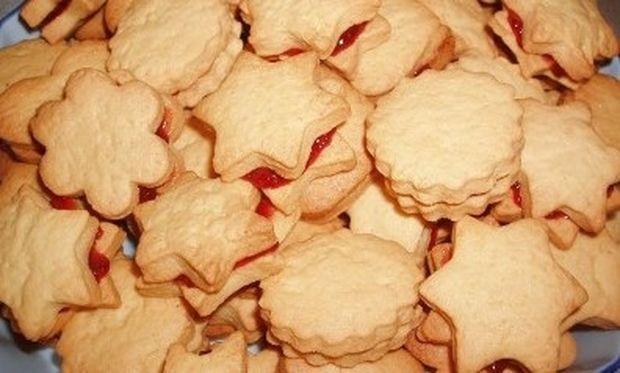Μπισκότα γεμιστά με μαρμελάδα!