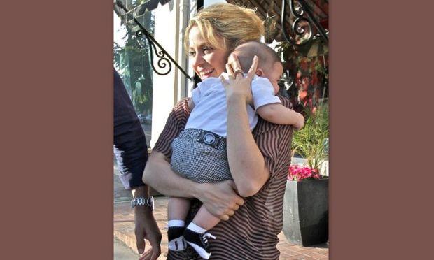 Σακίρα: «Δεν μου είπε κανείς ότι τα μωρά χρειάζονται τόσες πολλές πάνες!»
