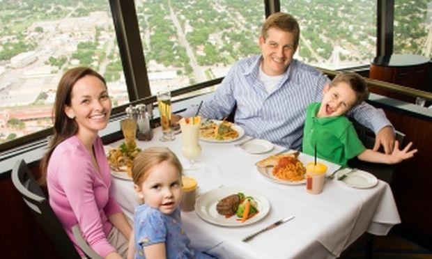 Φαγητό εκτός σπιτιού; 5 συν 1 συμβουλές για γονείς προς τα παιδιά!