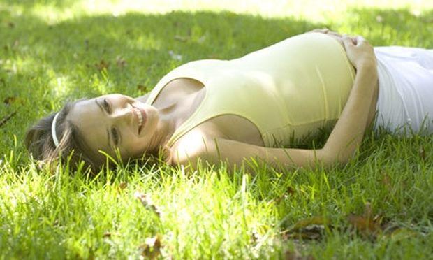 Είστε έγκυος;  6 συν 1 συμβουλές για να περάσετε ένα ξέγνοιαστο καλοκαίρι χωρίς άγχος