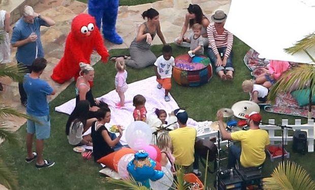 Στιγμιότυπα από το παιδικό πάρτι υπερπαραγωγή της κόρης της Pink με διάσημους καλεσμένους!