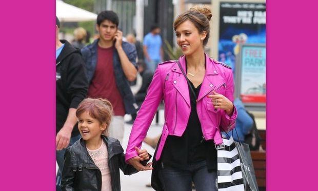 Τζέσικα Άλμπα: Με την κόρη της για ψώνια τη μέρα των γενεθλίων της μικρής!