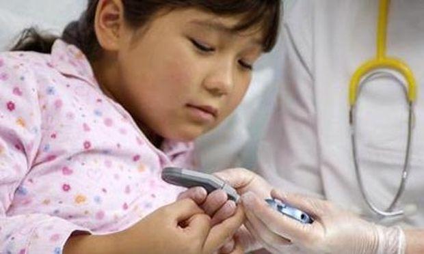 Παιδικός διαβήτης: Πώς θα καταλάβω ότι το παιδί μου πάσχει;