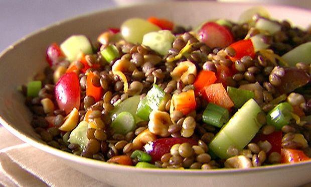 Συνταγή για σαλάτα με φακές και ψιλοκομμένα λαχανικά!