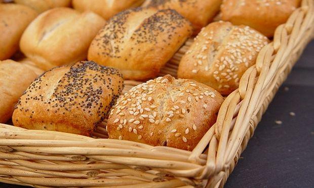 Συνταγή για αφράτα και μυρωδάτα ψωμάκια!