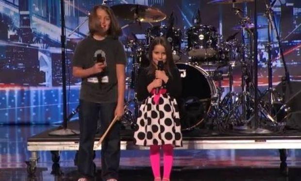 Απίστευτο! 6χρονο κορίτσι τραγούδησε σαν τον… Αλις Κούπερ και άφησε άφωνη την κριτική επιτροπή!