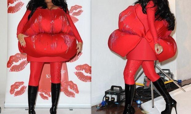 Βρήκε αυτόν τον τρόπο για να κρύψει την εγκυμοσύνη της! (φωτογραφίες)