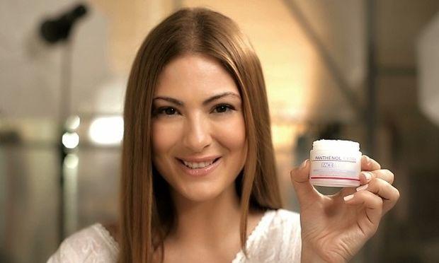 Ενθουσιασμένη με την αγνότητα και την αποτελεσματικότητα της Panthenol Extra, η Δέσποινα Καμπούρη