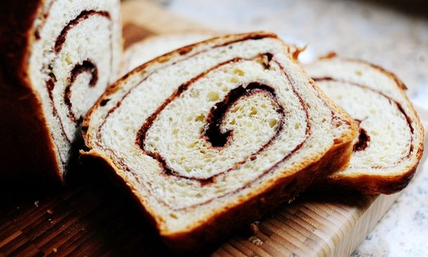 Συνταγή για λαχταριστά ψωμάκια με ζάχαρη και κανέλλα!