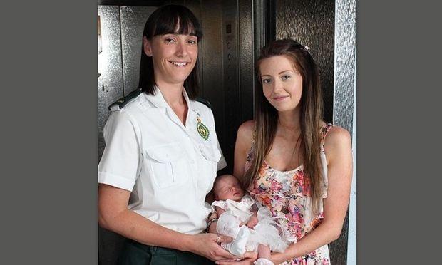 Μωρό γεννήθηκε σε ασανσέρ νοσοκομείου