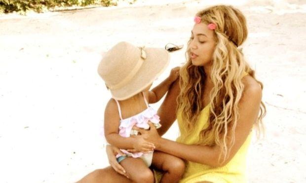 Μπιγιονσέ: Φωτογραφικά κλικ από τις διακοπές με την κόρη της
