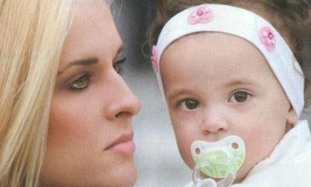 Ελενα Ασημακοπούλου: «Όταν γεννήθηκε η κόρη μου, δεν είχα βοήθεια από πουθενά!», αποκλειστικά στο Mothersblog.gr