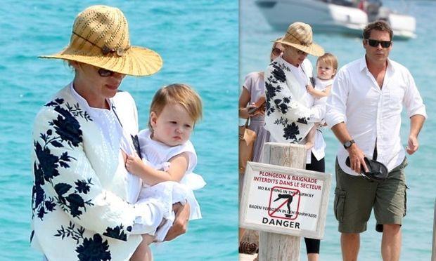 Ούμα Θέρμαν: Διακοπές στο Σεν Τροπέ με την ενός έτους κόρη της! (φωτογραφίες)