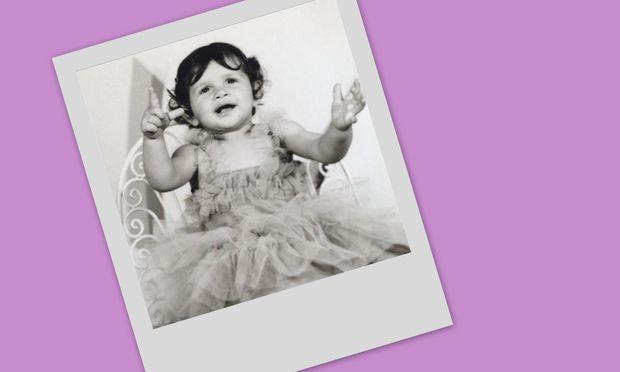 Στη φωτογραφία είναι δύο χρονών και σήμερα είναι κούκλα του μόντελινγκ!