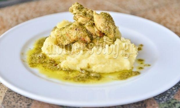 Συνταγή από τον Γιώργο Γεράρδο για κόκορα στο τηγάνι με μυρωδικά!