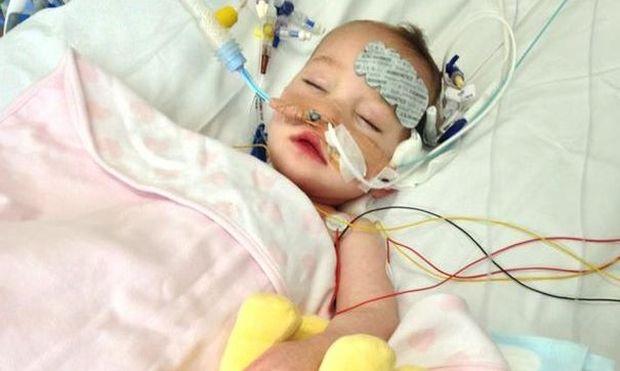 Ενός έτους κοριτσάκι έκανε μεταμόσχευση καρδιάς