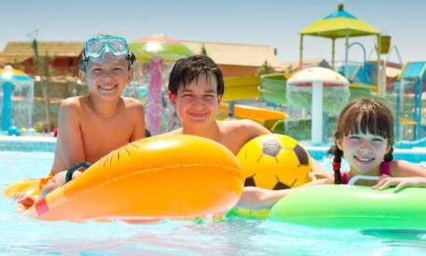 Κάντε ασφαλές το μπάνιο των παιδιών στη πισίνα!