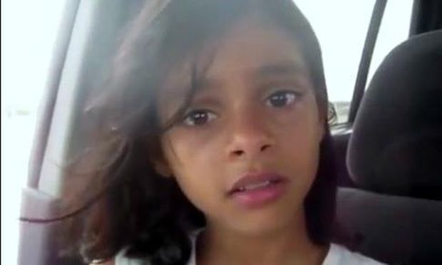 Συγκλονιστικό βίντεο: 11χρονο κοριτσάκι το σκάει για να γλιτώσει τον γάμο που της κανόνισαν οι γονείς της