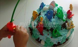 Δείτε βήμα - βήμα: Εύκολη παρασκευή απίθανης τούρτας γενεθλίων με θέμα τη θάλασσα! (φωτογραφίες)