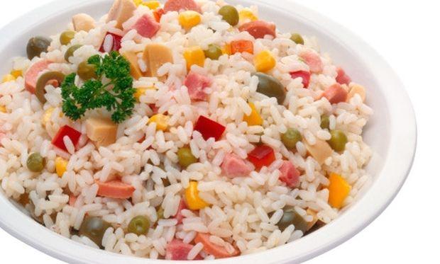 Συνταγή για υπέροχη καλοκαιρινή ρυζοσαλάτα!