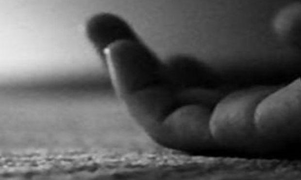 ΣΟΚ! 14χρόνος έπεσε από την ταράτσα επειδή τον κορόιδευαν οι φίλοι του