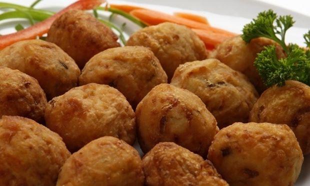 Συνταγή για αφράτα κεφτεδάκια λαχανικών