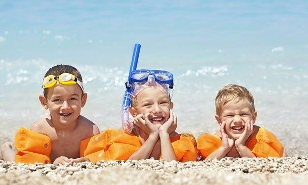 Παιδί και θάλασσα - Οι βασικοί κανόνες για ήρεμα και χωρίς δυσάρεστες εκπλήξεις- μπάνια