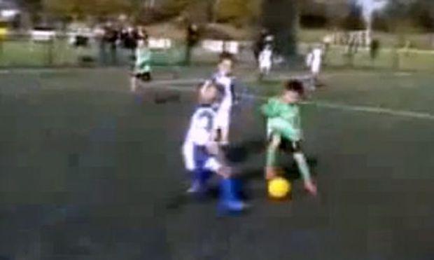 Ο Μέσι και ο Ρονάλντο τρέμουν! Έρχεται ο λιλιπούτειος αντικαταστάτης τους στα γήπεδα! (βίντεο)