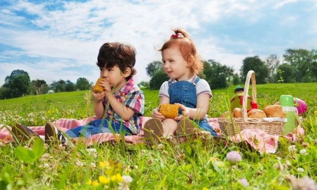 Ποιες είναι οι τροφές που κάνουν τα παιδιά μας πιο δυνατά;