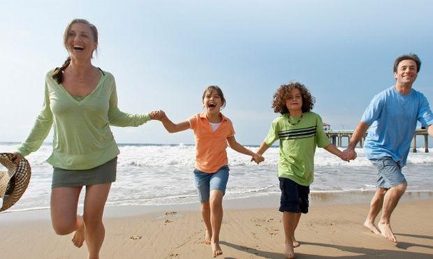 Πρόγραμμα κοινωνικού τουρισμού  ΟΑΕΔ – Διορίες και κριτήρια για φθηνές οικογενειακές διακοπές!