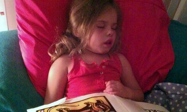 Έρευνα: Ο ύπνος θρέφει τα μωρά και… τα κάνει πιο έξυπνα!
