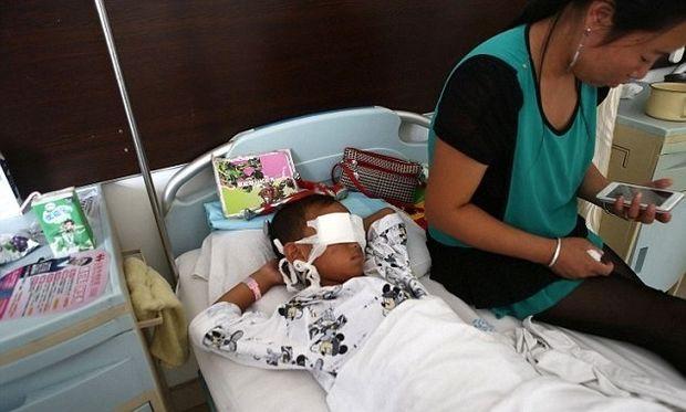 Σοκ: Γυναίκα - δικινήτρια οργάνων έβγαλε τα μάτια εξάχρονου!