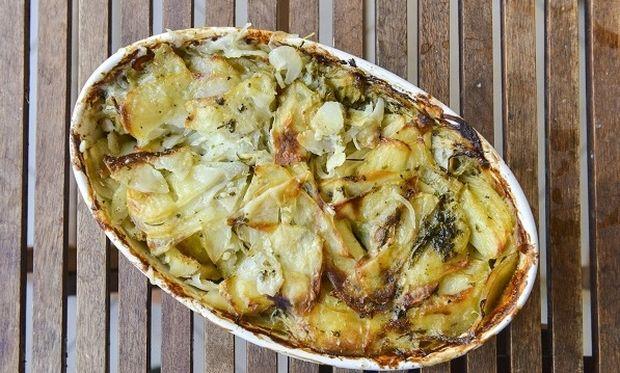 Συνταγή για ένα διαφορετικό και λαχταριστό «σουφλέ» πατάτας από τον Γιώργο Γεράρδο
