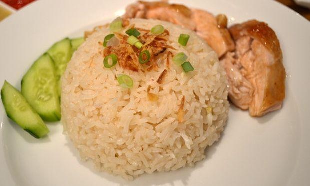 Συνταγή για μπουκίτσες κοτόπουλου με αρωματικό ρύζι!