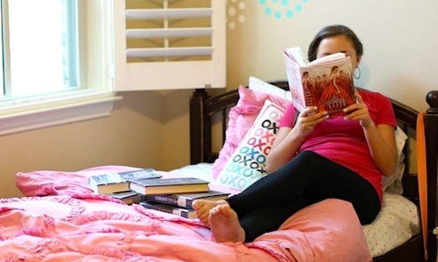 9 τρόποι για να ενθαρρύνετε τα παιδιά σας να διαβάζουν βιβλία
