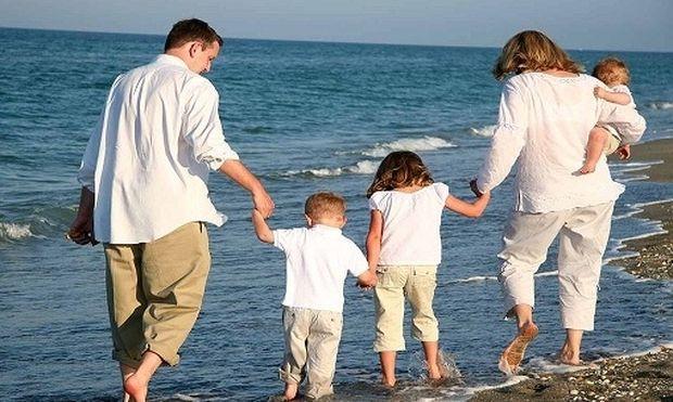Πότε καταβάλλονται οι δόσεις του οικογενειακού επιδόματος;
