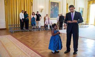 5χρονο κοριτσάκι ζήτησε από τον πρόεδρο Ομπάμα να της δικαιολογήσει μία απουσία!