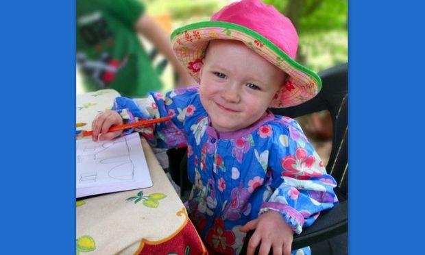 Δύο ετών κοριτσάκι έφυγε από τη ζωή από ασυνεννοησία των γιατρών της!