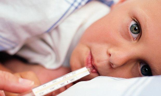 Εποχιακές ιώσεις:  Το παιδί μου έκανε δέκατα! Να ανησυχήσω;