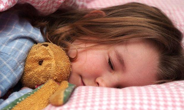 Έρευνα: Με προβλήματα συμπεριφοράς όσα παιδιά έχουν ακανόνιστο πρόγραμμα ύπνου!
