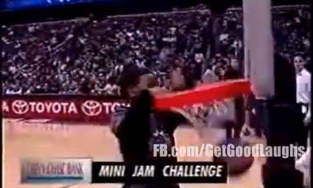 NBA καρφώματα από... μίνι παίκτες! (βίντεο)