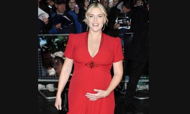 Τρισευτυχισμένη η εγκυμονούσα Κέιτ Γουίνσλετ ποζάρει στο κόκκινο χαλί!