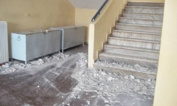 Θεσσαλονίκη: Προκαταρκτική έρευνα σε σχολείο μετά από κατάρρευση τμήματος οροφής